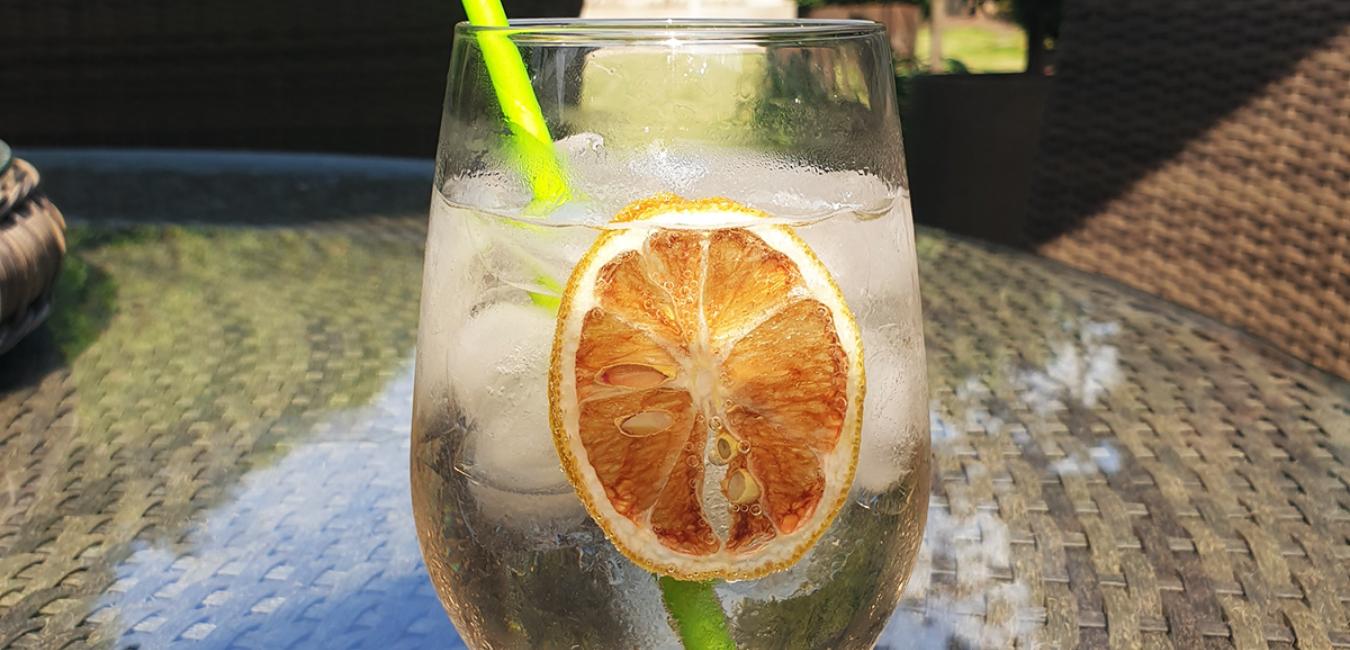 Cocktail Hour: Rosé Spritz Recipe - Female Original