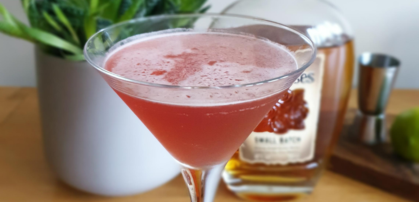 3 Valentine's Day Cocktails You Can Make At Home - Female Original